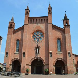 Alba – the de facto capital of the Langhe Hills